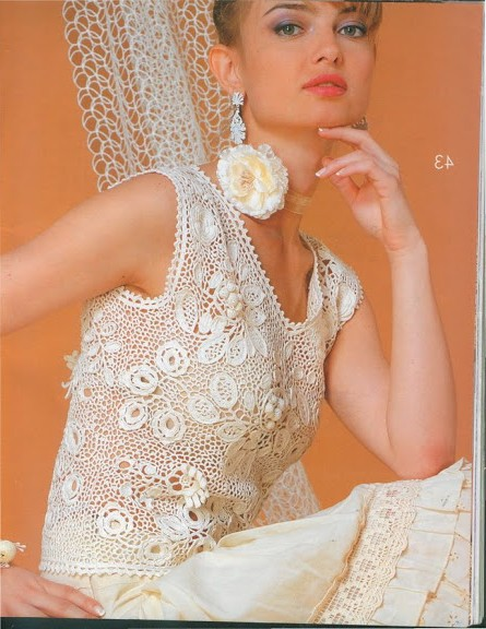 beyaz çiçekli elbise
