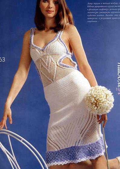 dekolteli iki renkli örgü elbise modeli