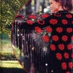 kırmızı gül motifli siyah renkli örgü Şal