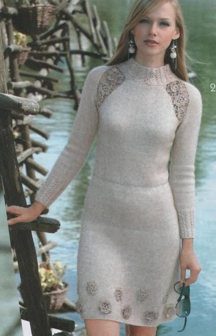 yarım boğazlı çiçek işlemeli mini elbise modeli