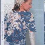 yarım kollu çiçek motifli şık bayan örgü bluz modeli