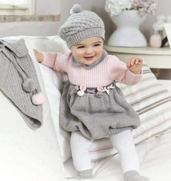 Gri Pembe Bebek Elbisesi Ve Beresi