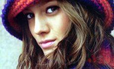 Örgü Bayan Süslü Atkı Bere ve Şapka Modelleri