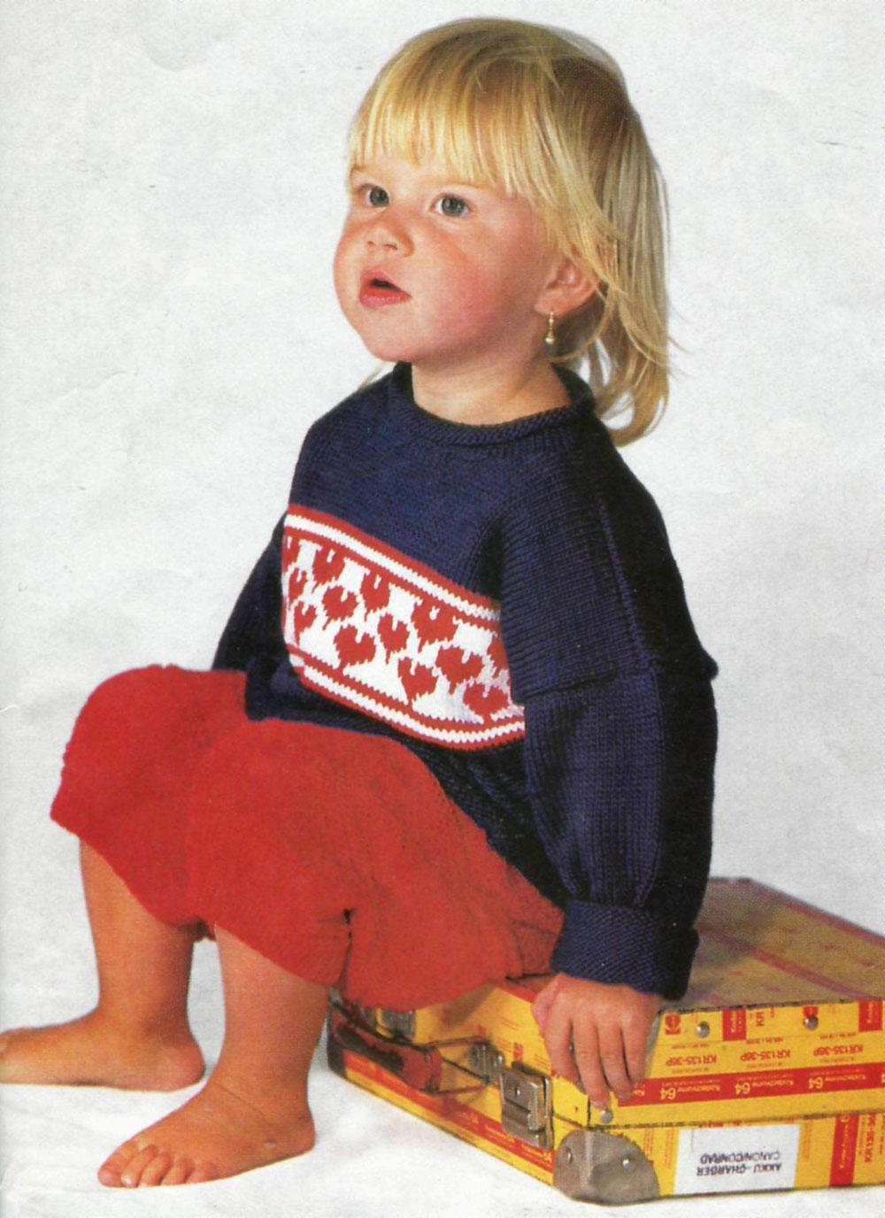 kalp desenli lacivert çocuk kazağı modeli