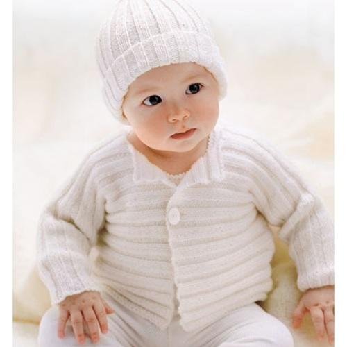 krem bebek hırkası ve şapkası