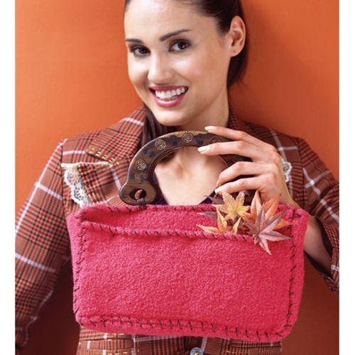 pembe ahşap saplı çanta