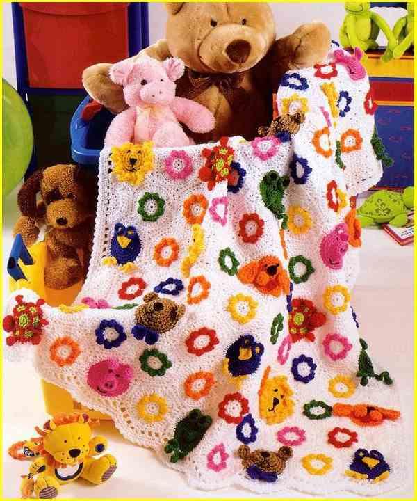 rengarenk motifli çocuk örtü modelleri