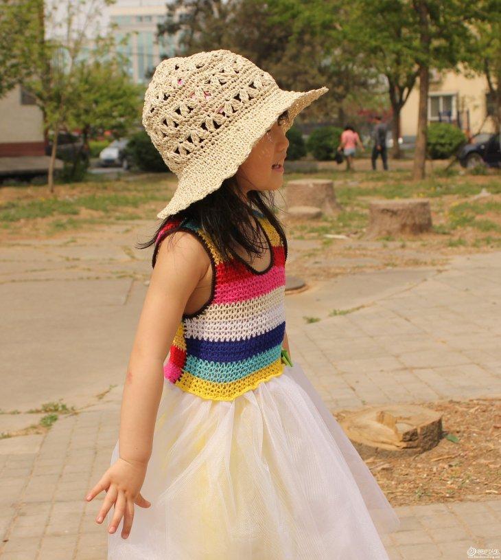 renkli çizgili örgü tüllü kız çocuk elbise örnekleri