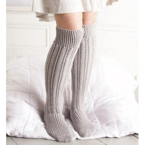 uzun örgü çorap