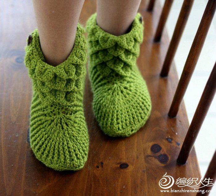 yeşil renkli desenli örgü çorap patik modeli