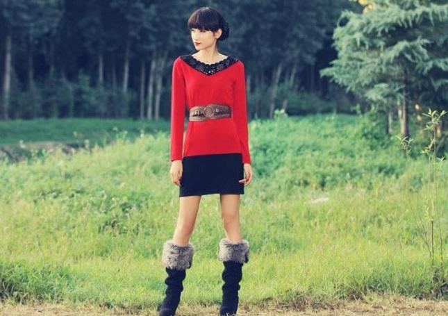 dantel yaka kırmızı siyah renkli örgü elbise modelleri