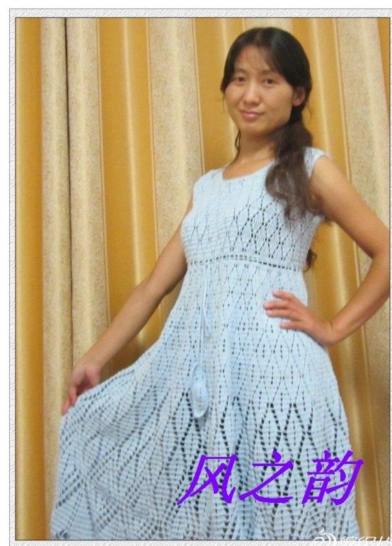 sade dantel beyaz renkli elbise modeli