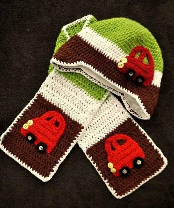 araba işlemeli tığ işi şapka ve kaşkol modeli