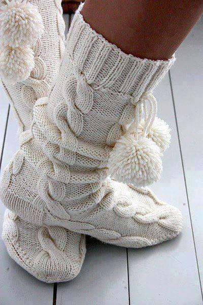 saç örgülü ponponlu çorap
