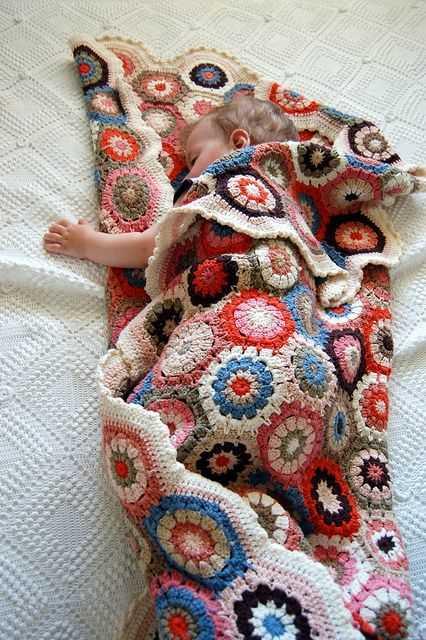 tığ işi altıgen motifli örgü bebek battaniyesi