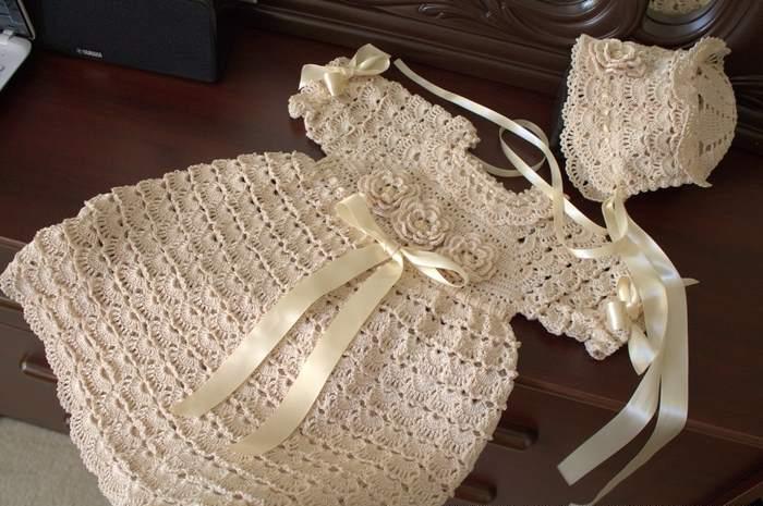 örgü kurdelalı elbise modeli