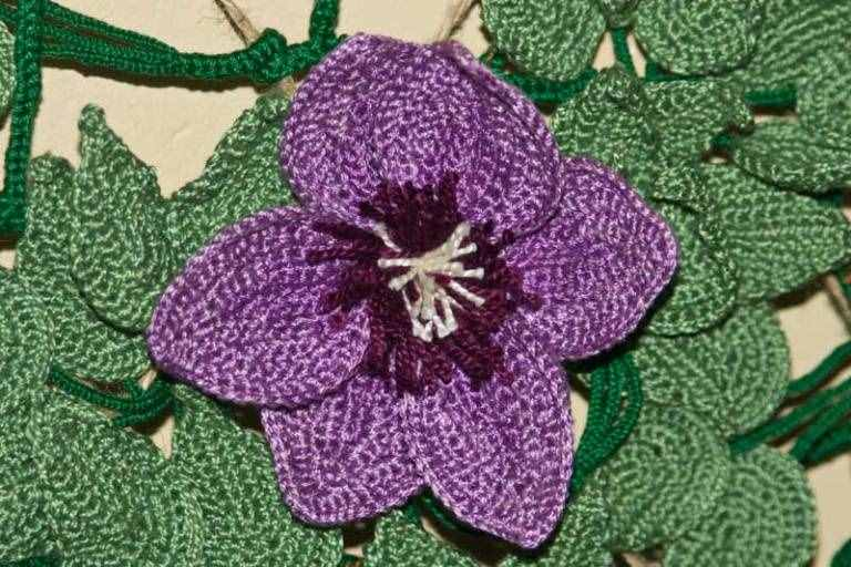 3 çiçek motifi