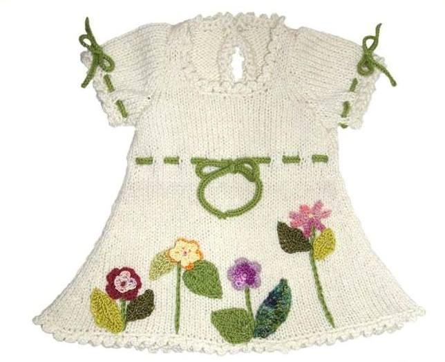 krem etekleri çiçekleri örgü elbise