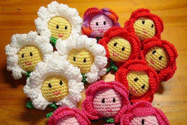 motif ay çiçeği